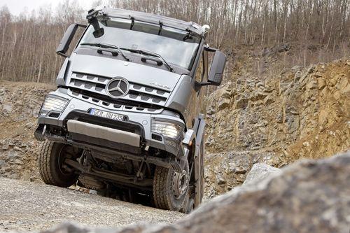 Samoter Ecco I Camion Mercedes In Prova Macchine Edili News