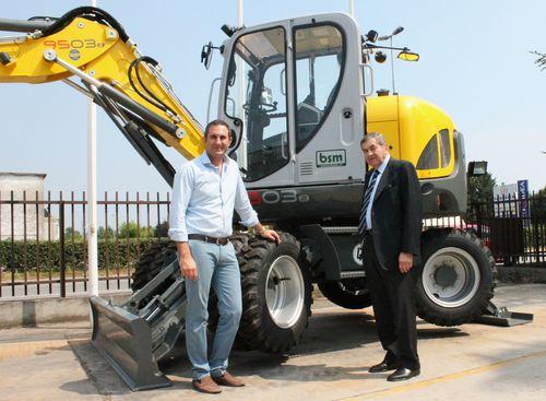 A destra Sergio Tempini, co-fondatore della BSM nel 1973, insieme al figlio Marco, attuale direttore commerciale: