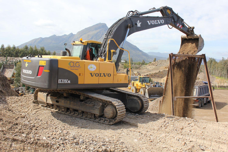 escavatore cingolato EC480EL Img_5575