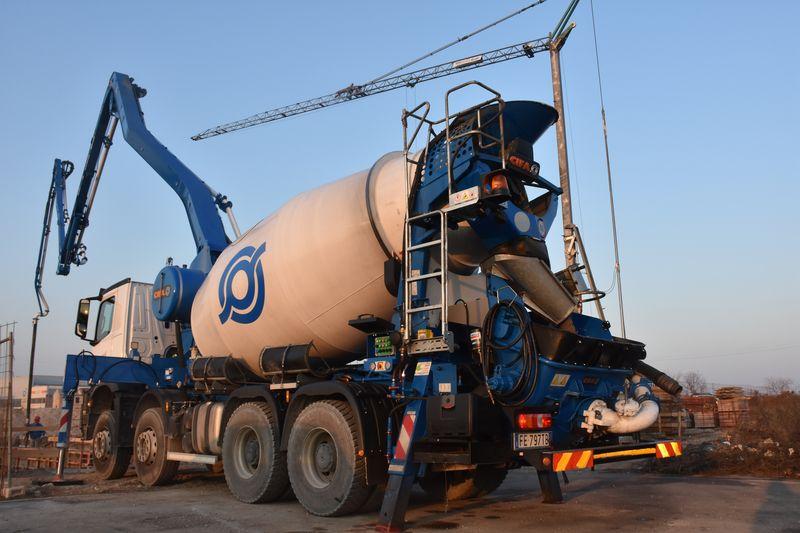 betoniere autobetoniere pompe calcestruzzo Per-web-1